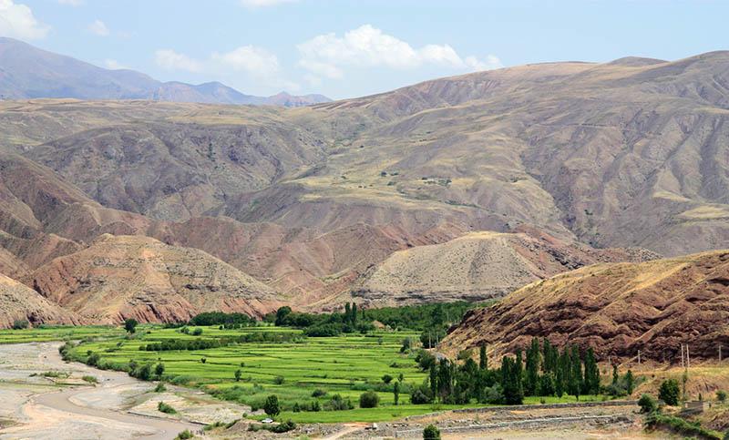 lembah dan ladang alamut